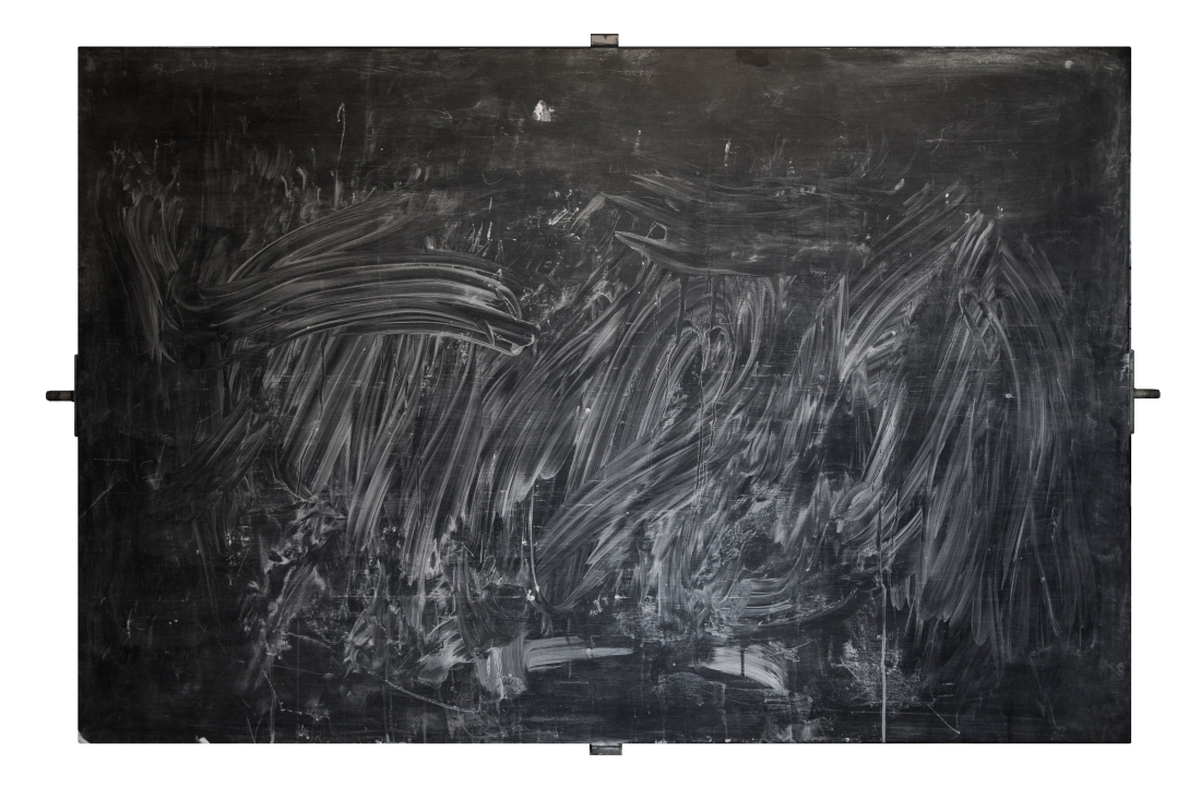 ILMAN ALKUA ILMAN LOPPUA - WITHOUT BEGINNING WITHOUT AN END Liitutaulu, puu, rauta, liitu Black board, wood, iron, chalk 100 x 150cm 2014